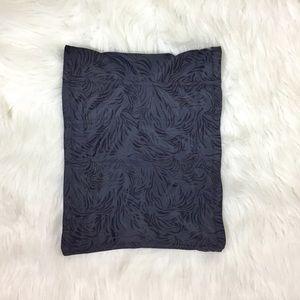 Maidenform gray and black 6 medium corset